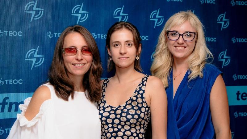 Фото: ифлопедагог Марта Любимова, психолог Наталья Розина и мама незрячего ребёнка Ольга Поросная