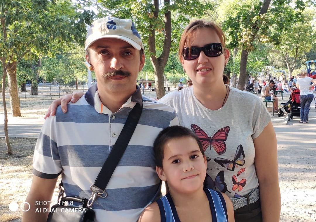 Фото: Светлана Медведева, Юрий Новиков и их сын Олег